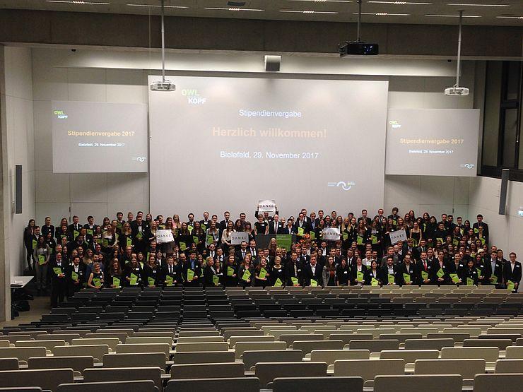 stipendienvergabe 2017 der stiftung studienfonds owl in der fh bielefeld - Fh Bielefeld Bewerbung