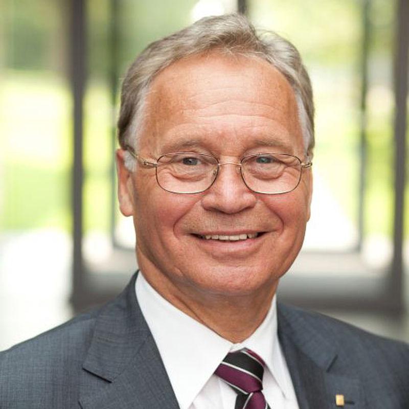 <b>Ortwin Goldbeck</b> Ehemaliger Präsident der Industrie- und Handelskammer <b>...</b> - csm_kuratorium-ortwin_goldbeck_f58ec5fed3